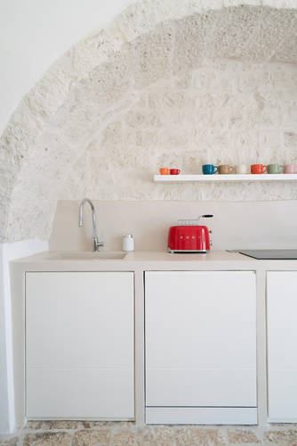 The fully functional kitchen in the Trulli