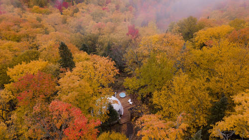 Stunning autumn overview of the tent
