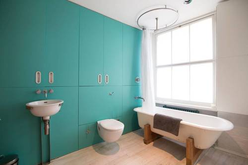 The bright ensuite bathroom