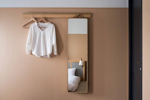 Hanging space and mirror